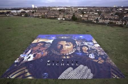 mj 12 Worlds Largest Advertisements